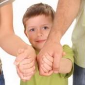 Семьи, усыновившие детей, будут получать места в детском саду вне очереди