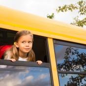 Медведев: школьным автобусам – приоритет на дороге